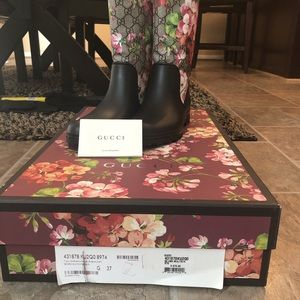 GUCCI FLORAL BOOT (Size 37 Women's)